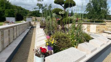 Travaux cimetière en pierre Moleanos