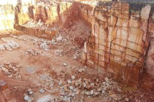 Carrière de pierre calcaire Moleanos
