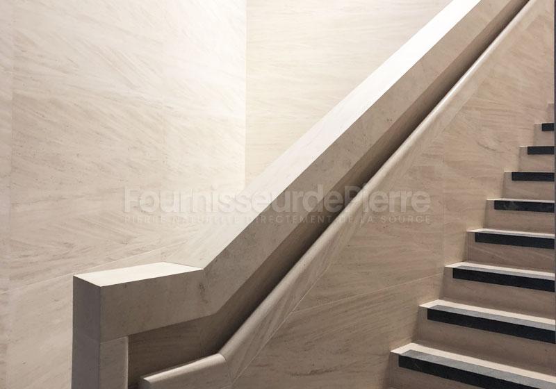 Escaliers en pierre Moca Creme