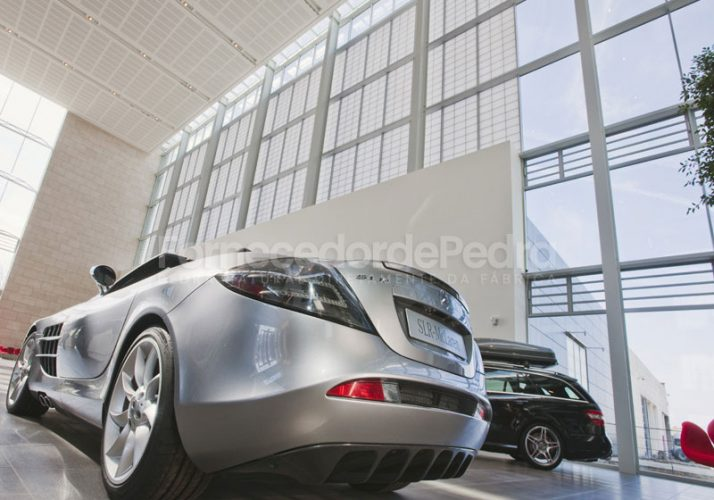 Siège de Mercedes avec pierre Rosal